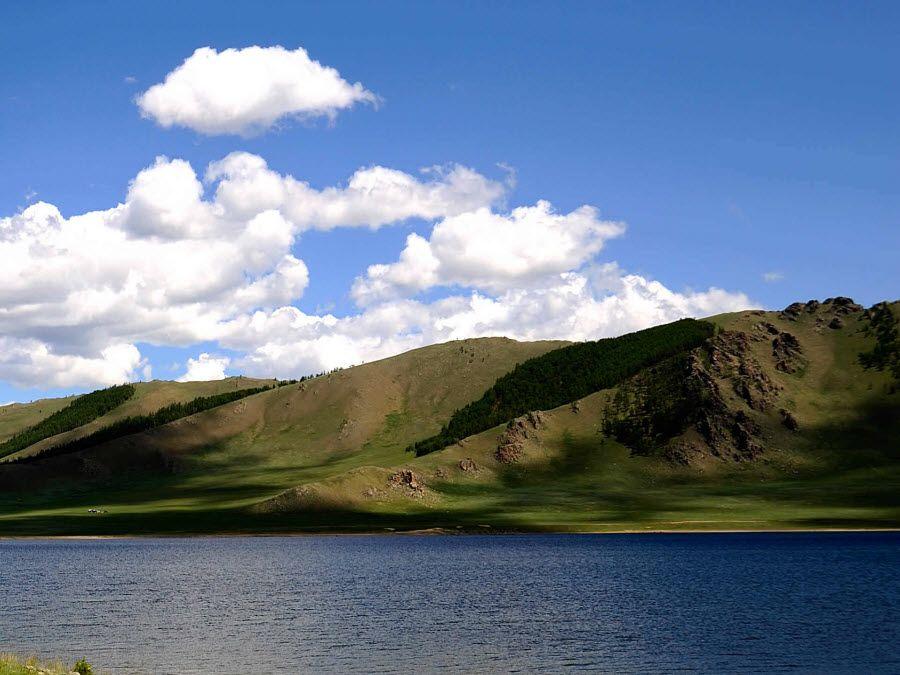Фото горы Алтая в Монголии