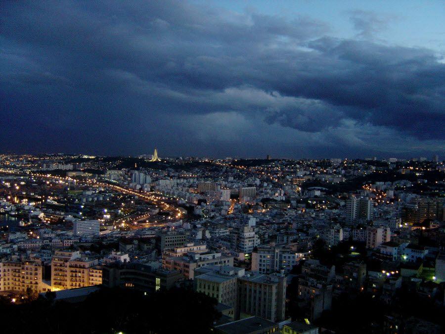 Фото столицы Алжир перед штормом
