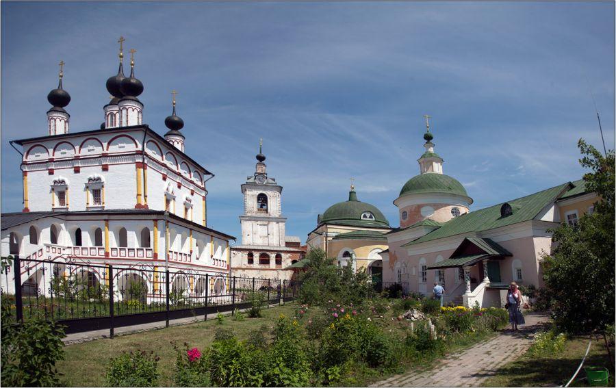 Белопесоцкий монастырь фото