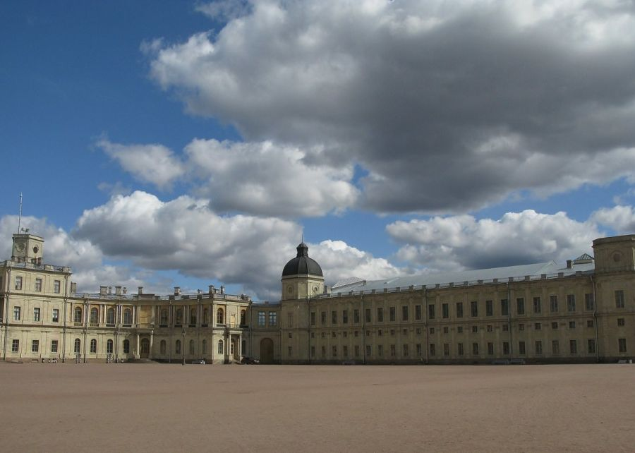 Большой гатчинский замок фото