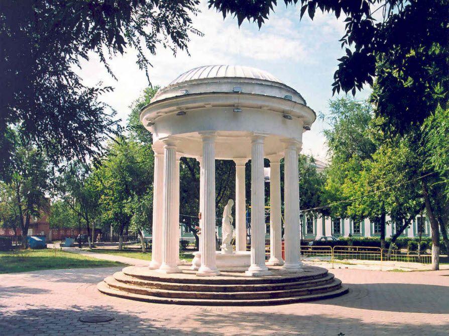 Ботанический сад ЮФГУ фото
