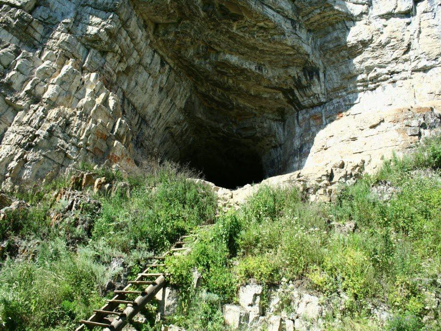 Игнатиевская пещера в Челябинской области фото