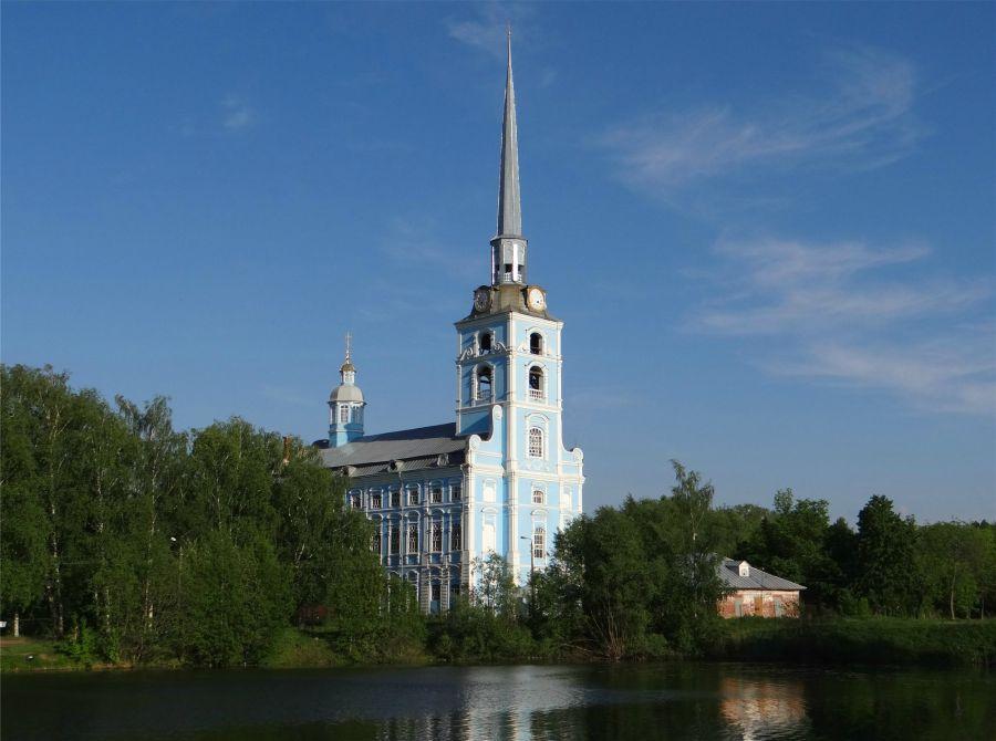 Церковь Петра и Павла фото