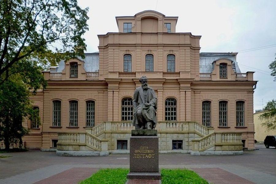 Дворец Александра Михайловича фото