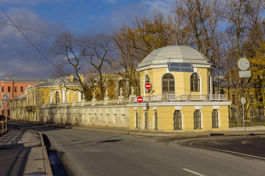 Дворец Бобринских фото