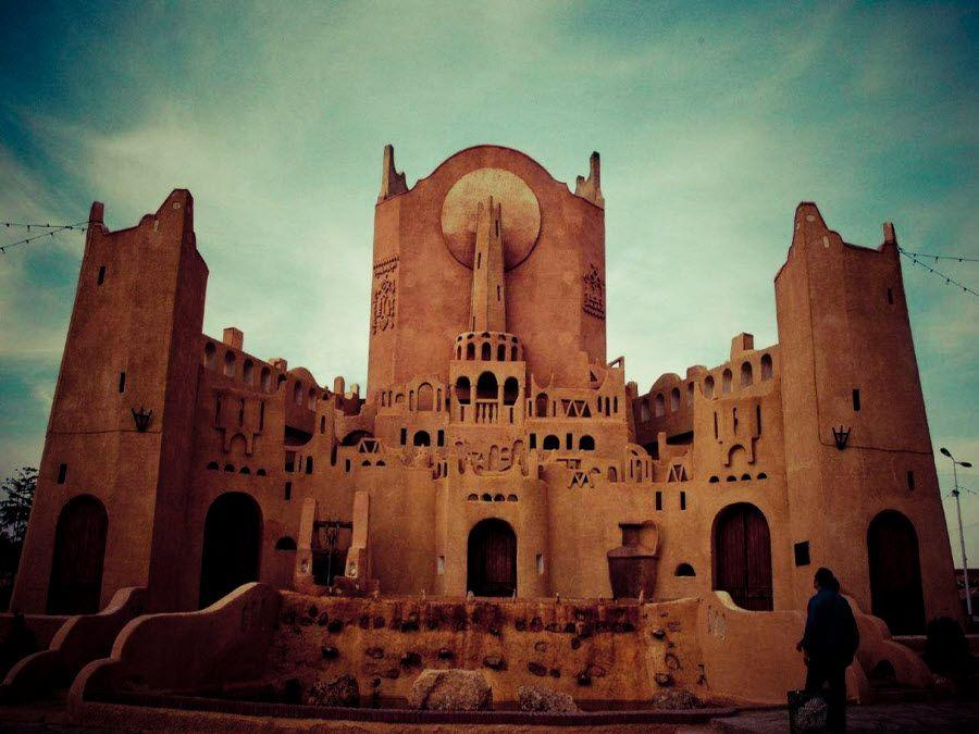 Фото древней мечети в Алжире