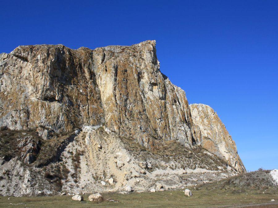 Гора Большой монастырь Алтайский край фото