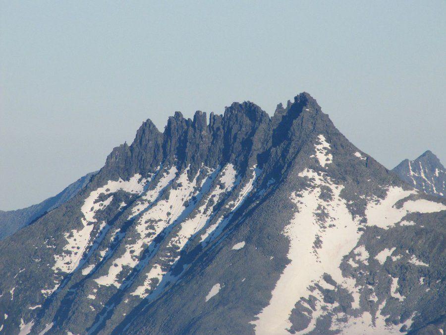 Гора Манарага фото