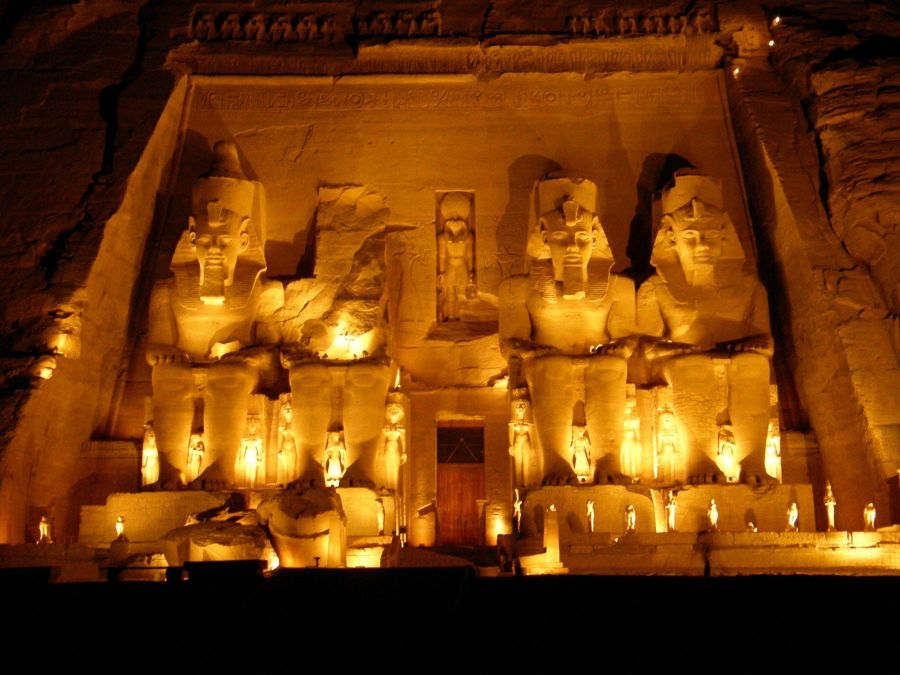 Храм Абу-Симбел фото