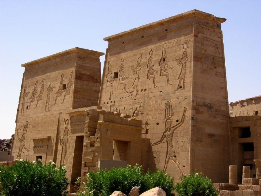 Храм Исиды фото
