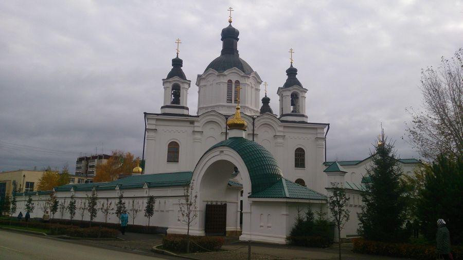 Храм в честь Всемилостивого Спаса фото