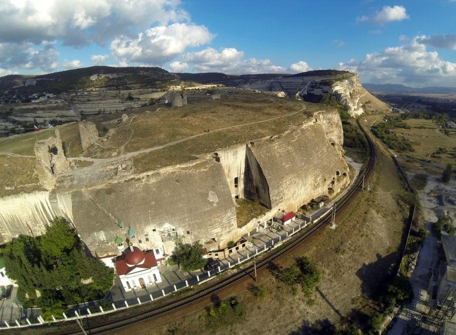 Инкерманский пещерный монастырь фото