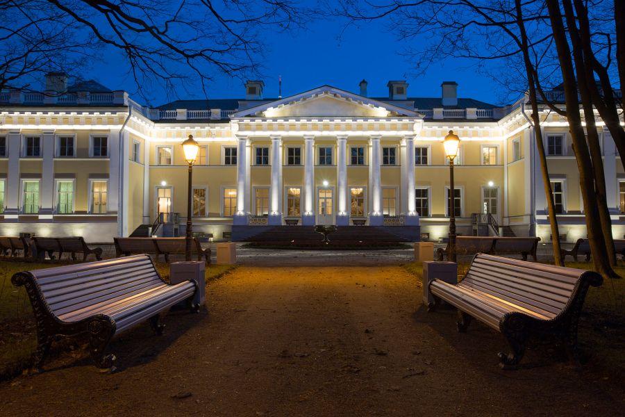 Каменноостровский дворец фото
