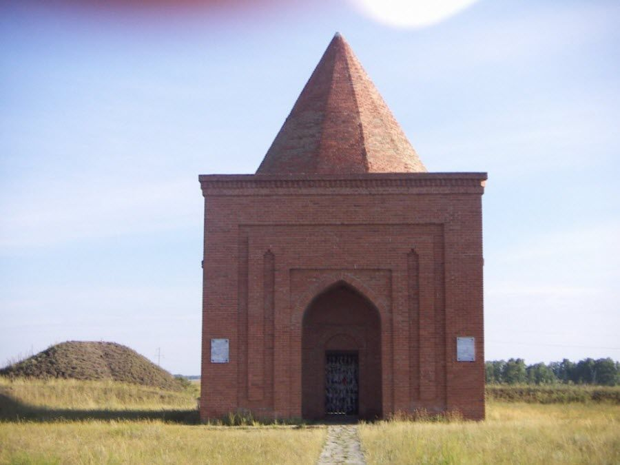 Мавзолей Кесене в Челябинской области фото