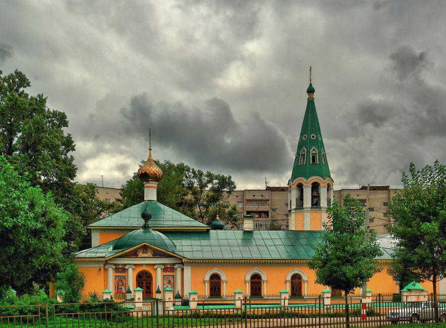 Крестобогородская церковь фото