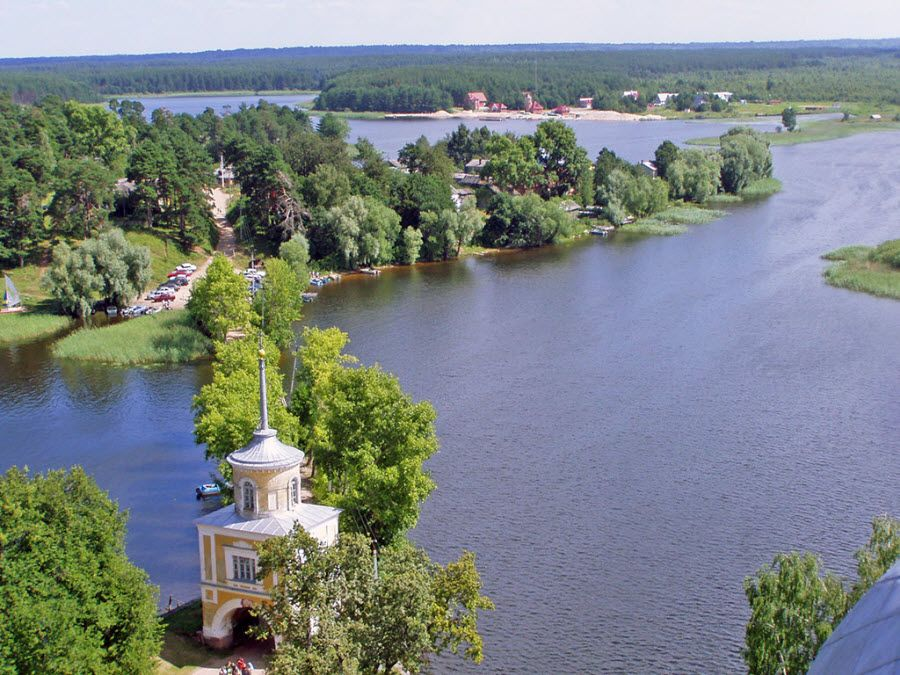 Фото озеро Селигер в Тверской области