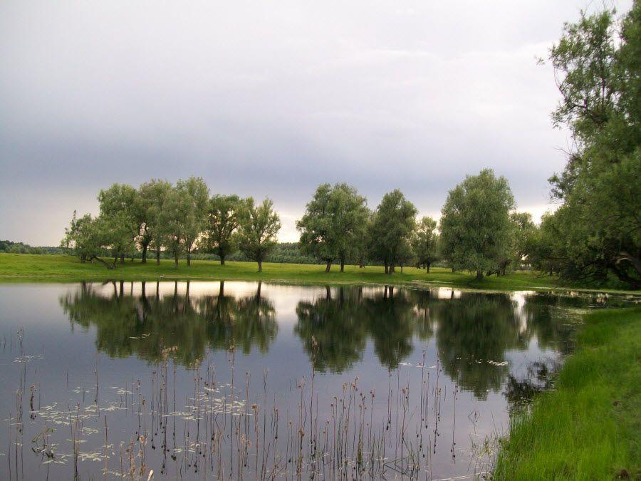 Фото озера Шайтан летом