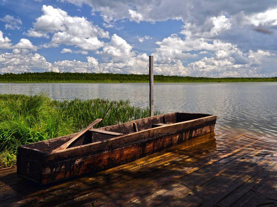 Фото красивая природа, окружающая озеро Шайтан