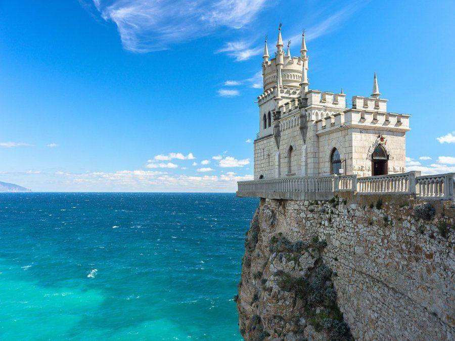 Ласточкино гнездо в Крыму фото