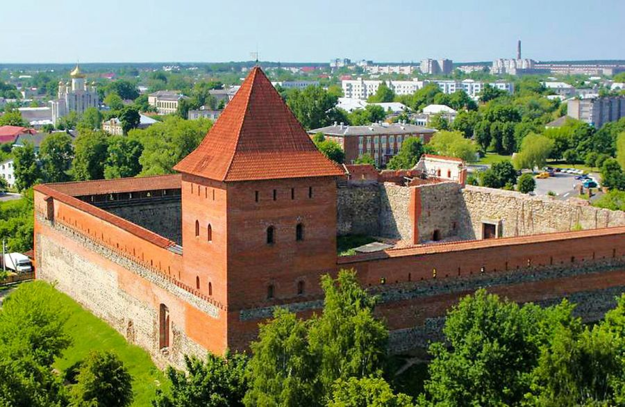 Лидский замок фото