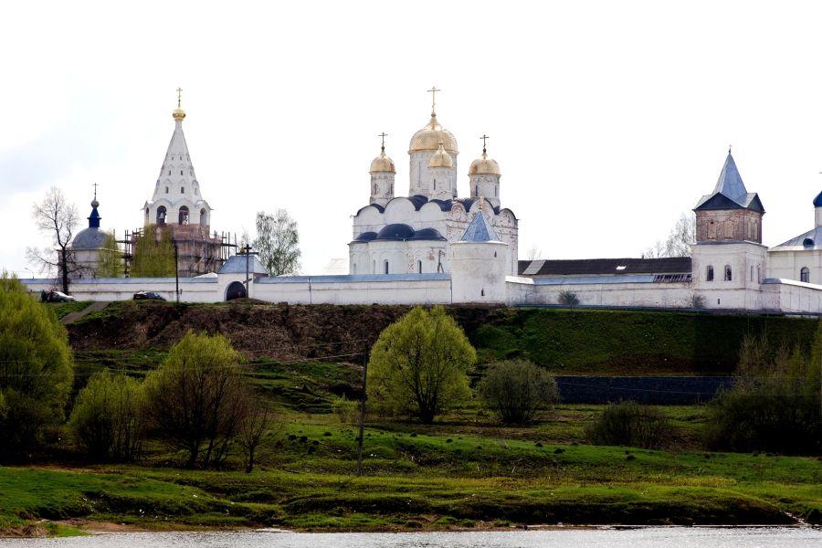 Лужецкий монастырь фото