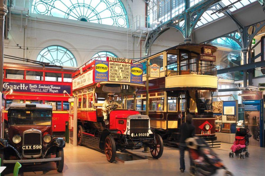 Музей общественного транспорта фото