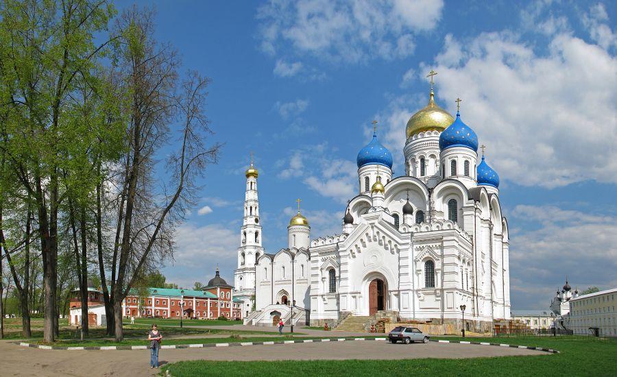 Николо-Угрешский монастырь фото