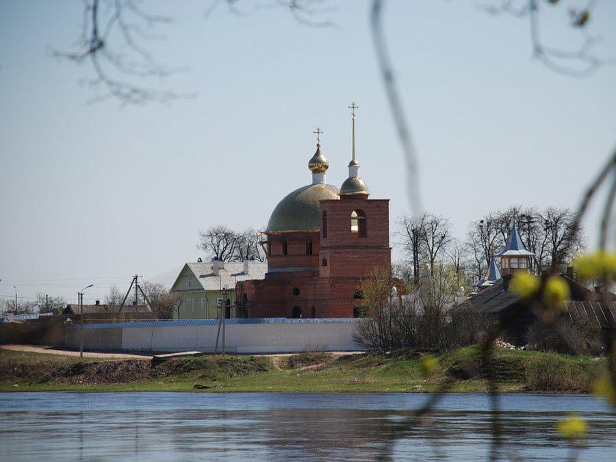 Фото панорама города Остров Псковской области