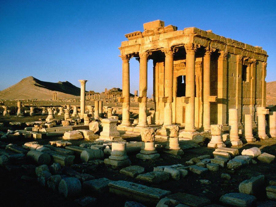 Фото остатков древнего города в Пальмире