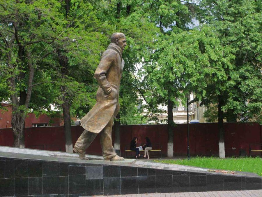 Фотография Памятник Андрею Платонову