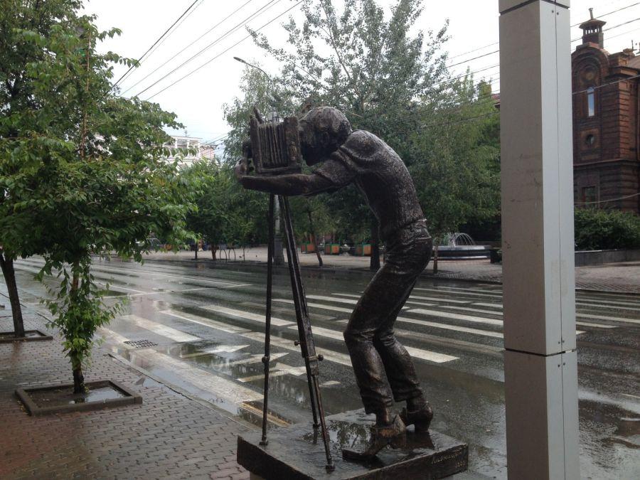 Памятник фотографу фото
