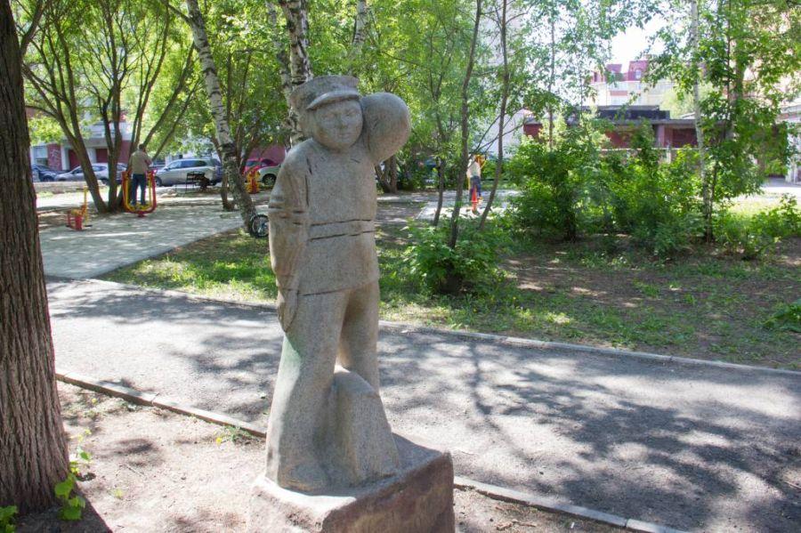 Памятник Ивану Семенову фото