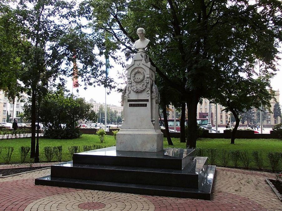 Памятник А. В. Кольцову фото
