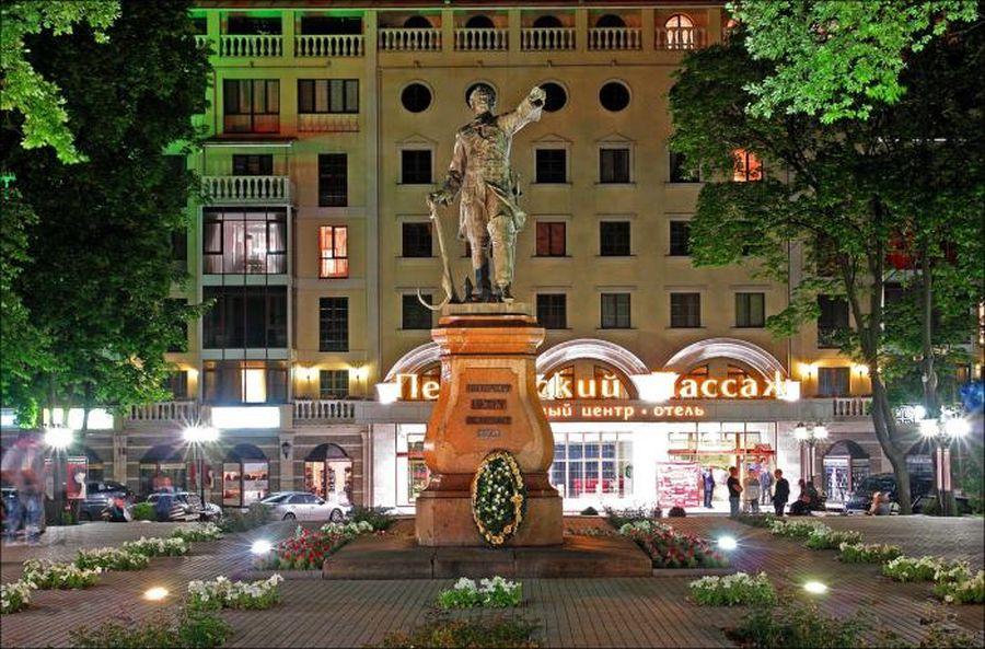 Фотография Памятник Петру Первому