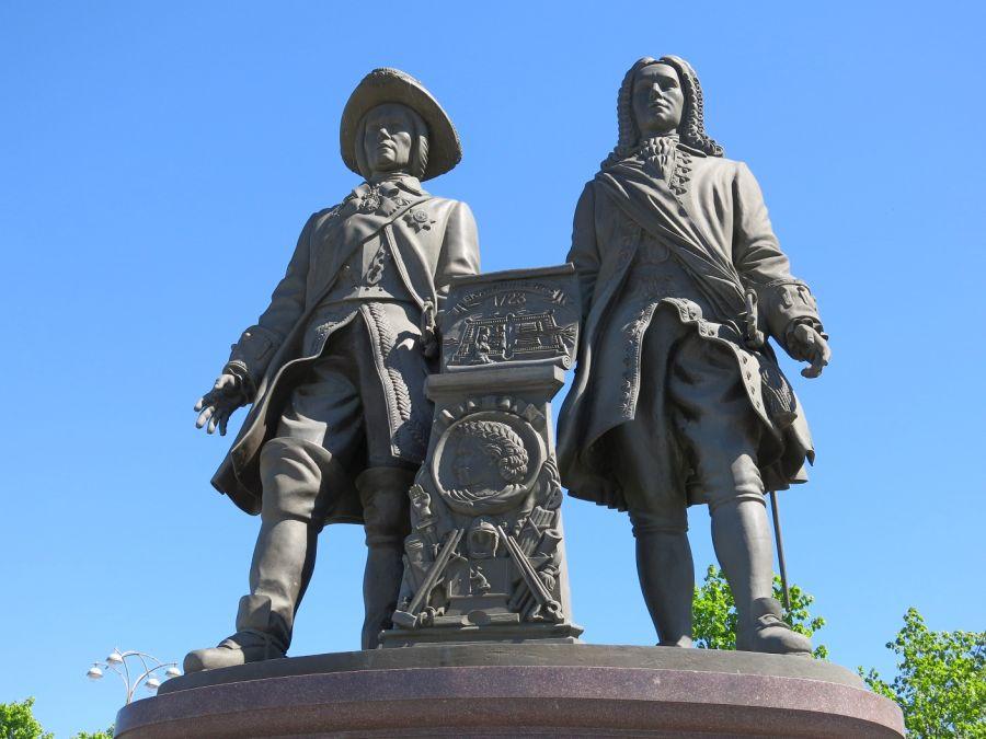 Фотография Памятник Татищеву и де Геннину