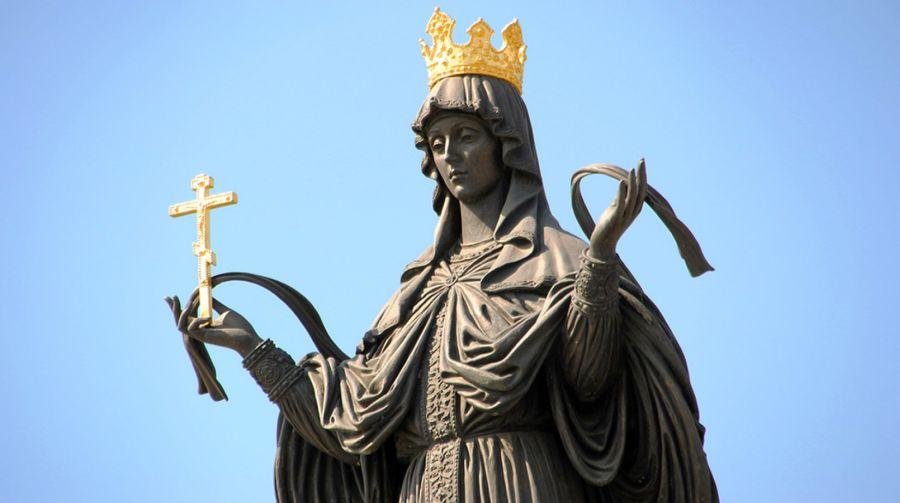 Фотография Памятник святой великомученице Екатерине