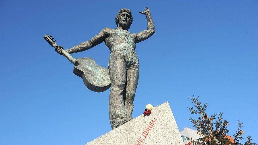 Фотография Памятник В. С. Высоцкому