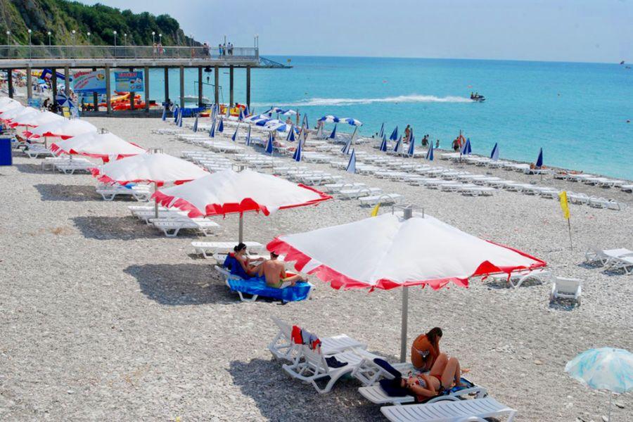 Пляж при гостиничном комплексе Гамма фото