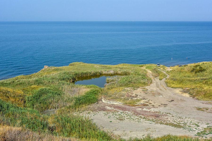 Пляж рядом с мысом Пекла фото