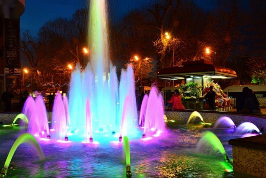 Поющие фонтаны Сочи фото