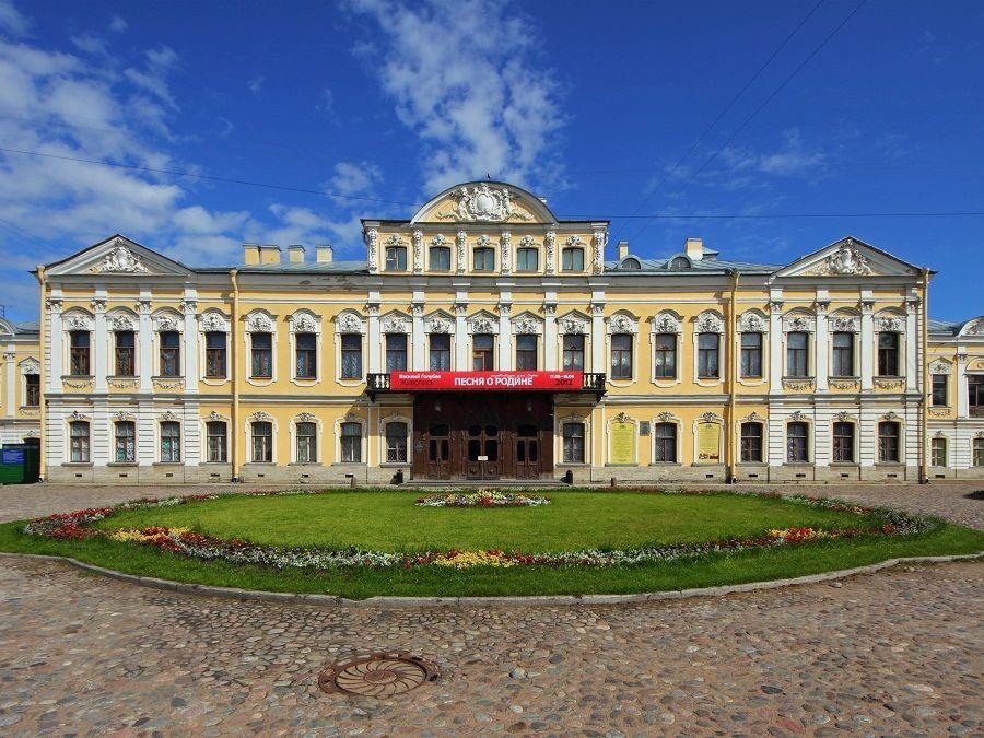 Шереметевский дворец фото