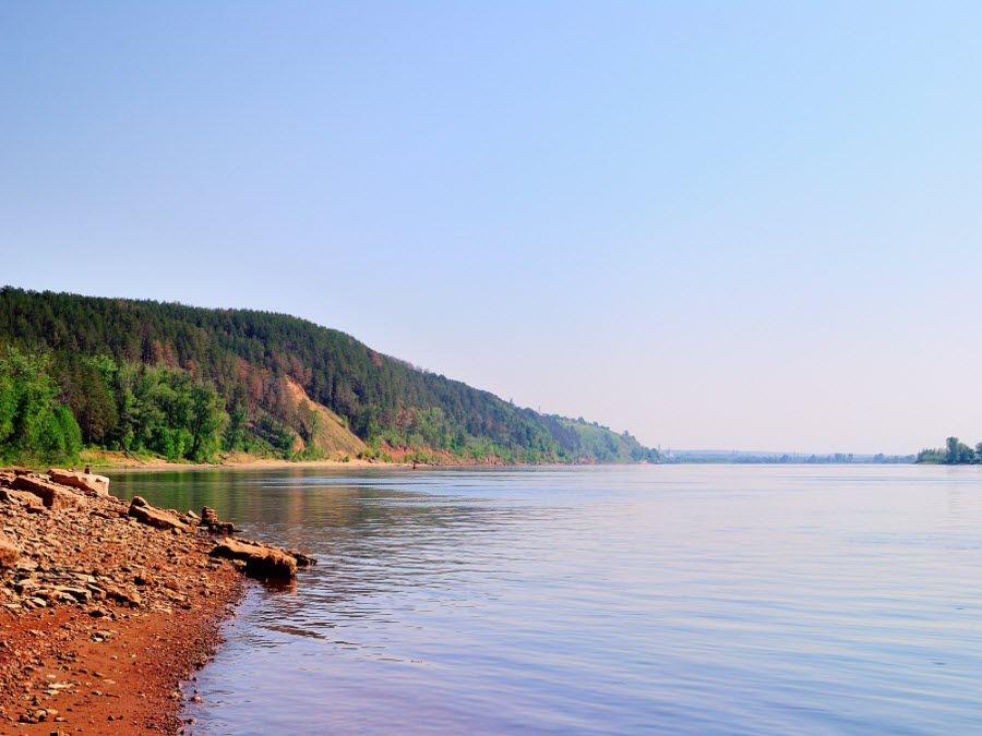 Фото вид на реку Кама в Шорском парке