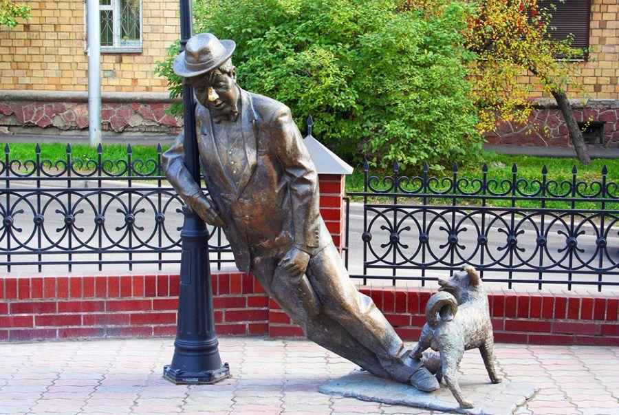 Скульптура Дядя Вася – пьяница фото