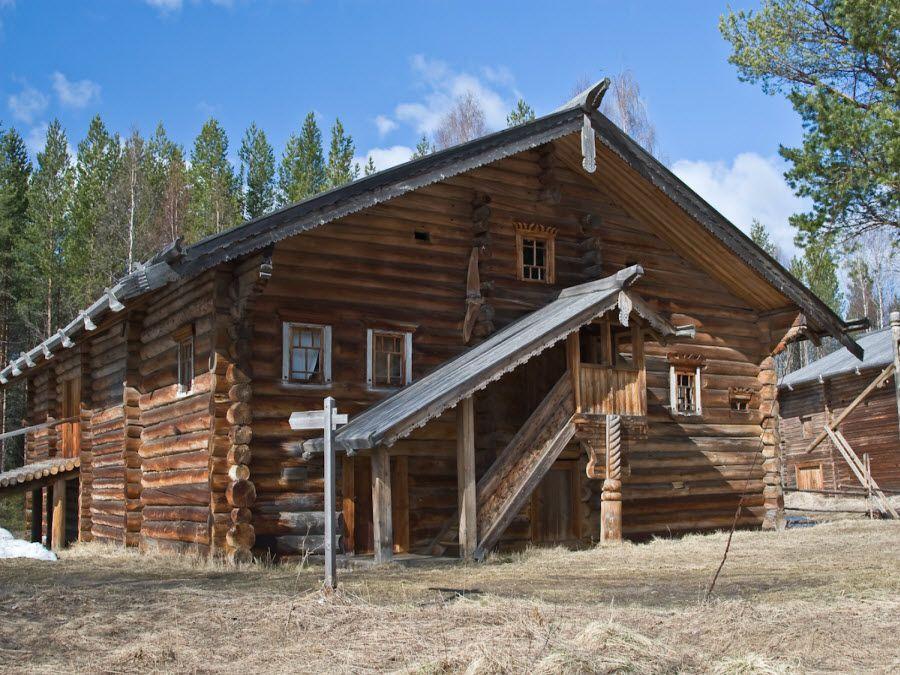 Фото архитектуры музея Малые Корелы