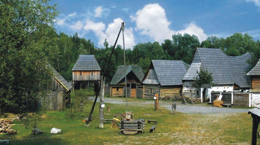 Средневековый музей Репоре фото