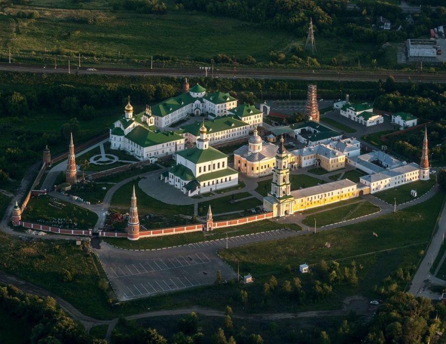 Старо-Голутвин монастырь фото