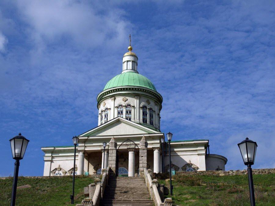 Церковь-музей Сурб-Хач в Ростове фото
