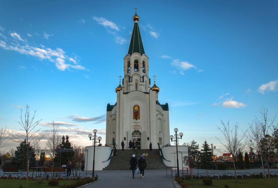 Свято-Духов храм фото