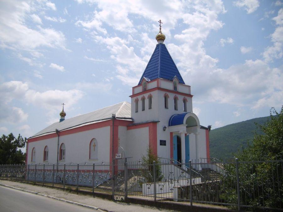 Свято-Пантелеймоновский храм фото
