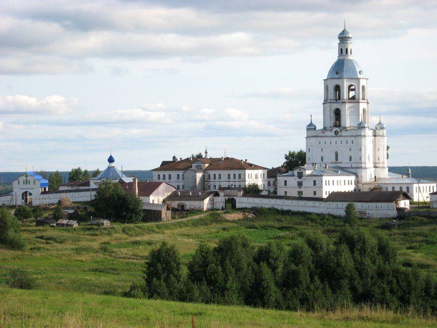Троице-Стефано-Ульяновский монастырь фото
